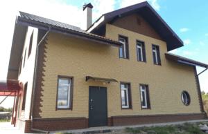 Фасадная панель Ю-Пласт Стоун-Хаус Кирпич Песочный